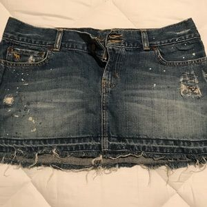 Abercrombie & Fitch distressed jean skirt size 8